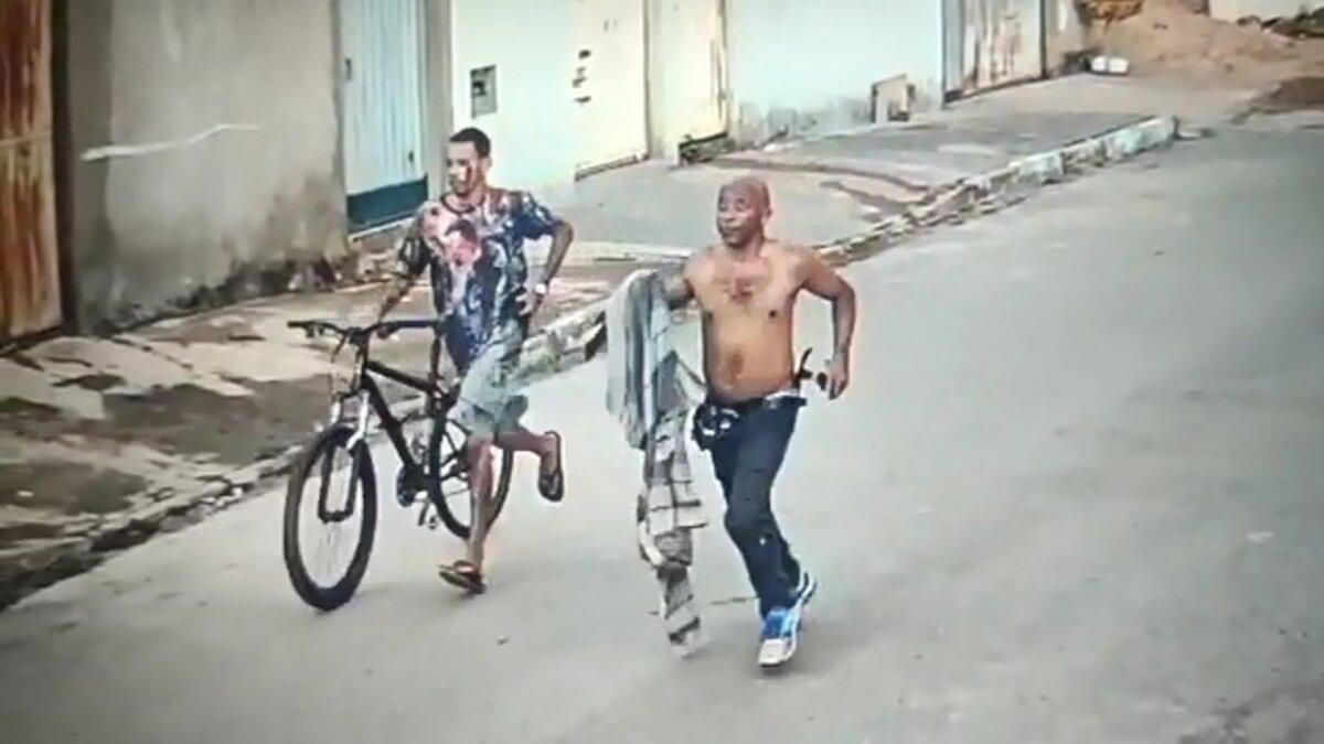 suspeitos fogem após matar adolescente a facadas