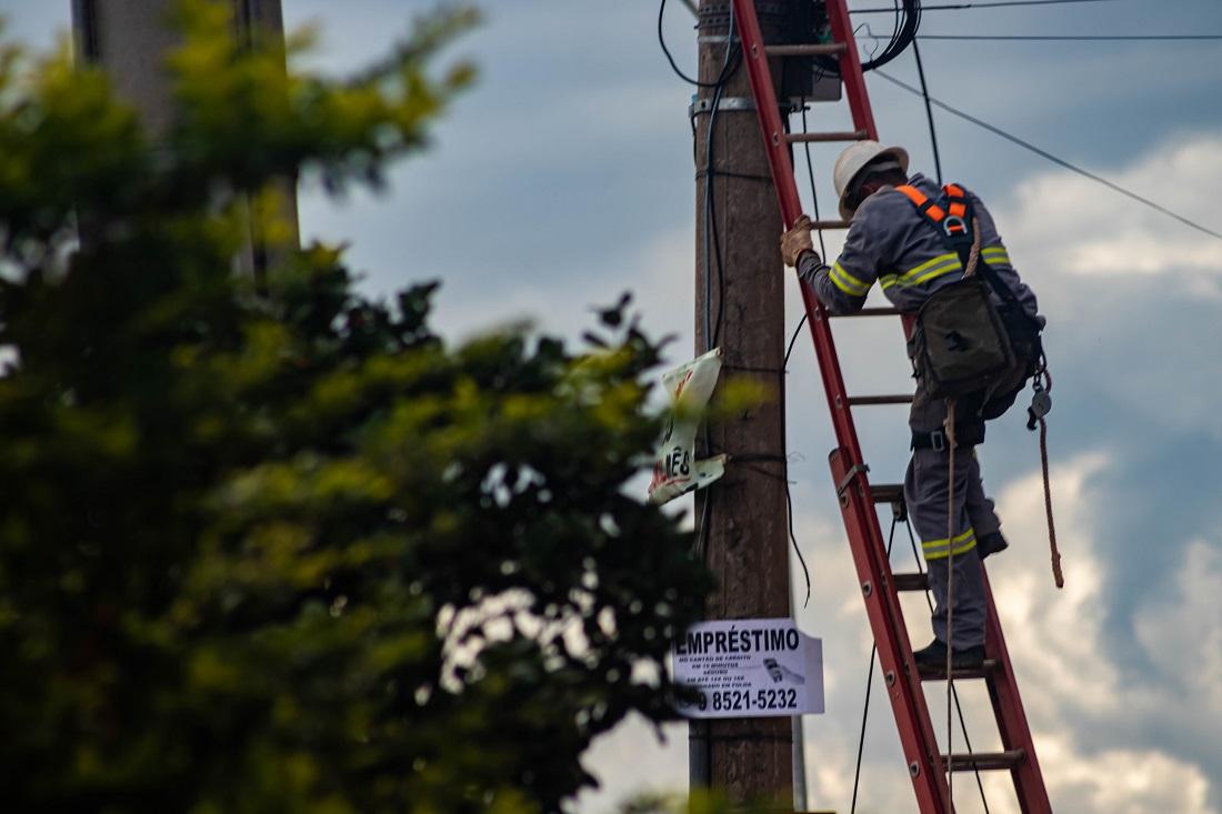 CEB inicia instalação de postinhos no Sol Nascente